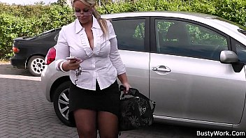 livegranny Working blonde bbw in stockings spreads legs