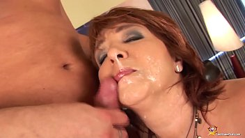 beemtube redhead curvy mom first time anal sex