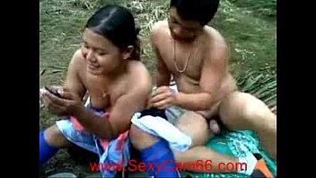 czechwifeswap Indonesian Oil Palm Plantation Workers Outdoor Fuck &lparnew&rpar--Sexycam66