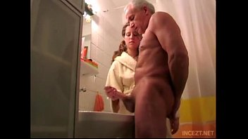 xvidieo Granddaughter help her grand father cum shoot