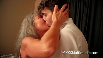 momxxx Old step mom fucks young son - Leilani Lei