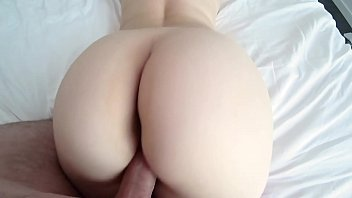 xxxdessert White girl with big ass in red panties and pantyhose gets fucked