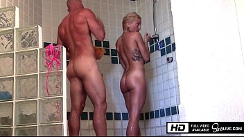 gonzomovies Kissa Sins gets fucked by Johnny Sins in the Shower in Mexico