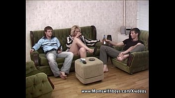 lfporn Blonde Mature Double Teamed by Young Boys