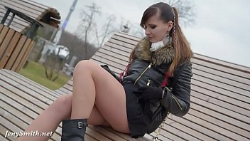 swag   Jeny Smith seamless pantyhose public upskirt