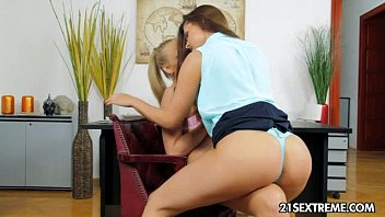 yespornplease Brandy Smile and Kayla Green - Mighty Mistress