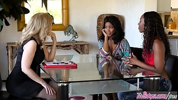 xxn Twistys - Nothing To Be Ashamed Of - Chanell HeartJenna FoxNina Hartley
