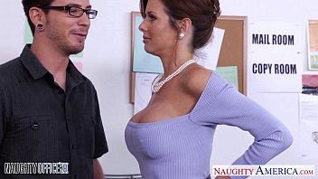 pornt Stockinged Veronica Avluv fuck in the office