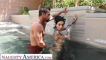 cybernenas Naughty America - Kassandra Kelly &lparJoanna Angel&rpar fucks trainer when hubby ignores her