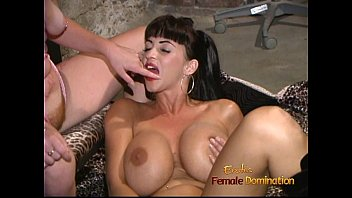 pornorus Stacked starlet drills her twat with a dildo while licking a pussy