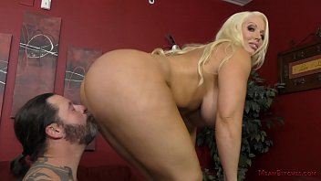 hentail Blonde Bombshell Alura Jenson Uses Her Personal Assistant As Her Slave