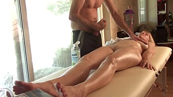 360 Massage Mature