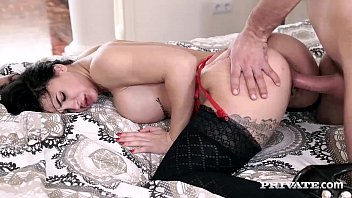 brazzera com Perfect Ass Susy Gala Has Her Pussy Filled Up