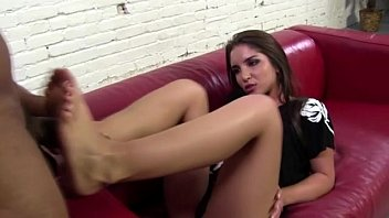 youporn sexy Brte with a desire for cum all over her feet gets what she wants