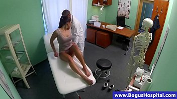 amoramias777 Sexy real patient fingerbanged by doctor