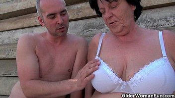 dogporn Mature moms getting fucked outdoors