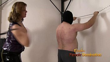 realpunting Merciless Mistress Flogs Her Slave Too Hard