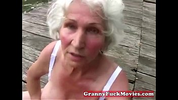 litrrotica Check out this dirty grandma