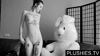 porhnub Black Goth girls agrees to suck and fuck with teddy bear at castingma jizz in mouth