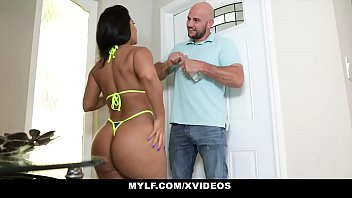 MYLF - Worshipping Rose Monroes Extra Thick Ass