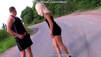 xvidwos blonde sucking dick in the middle of the road