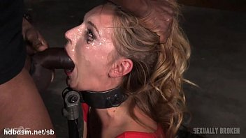 realhousewifeoffinlandxxx Orgasming beauty has her face messed up in saliva while deepthroating