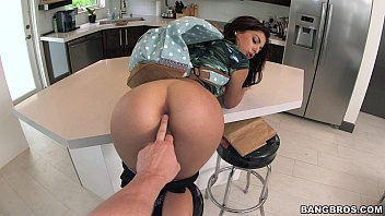 Brazilian Babe Gina Valentina Knows How To Ride That Dick &lparbpov14634&rpar