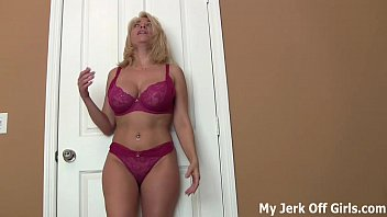 tub99 Stroke your cock for my big DD titties JOI