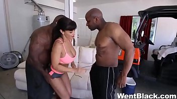 mhqporner Lisa Ann Takes on Two Monster Cocks