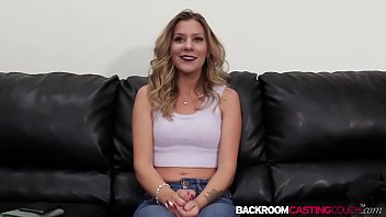 pornmobile Hottie Scarlett riding big cock anal first time and creampie
