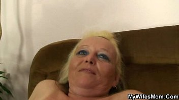 beeg com Wife finds his nasty photos with mother in law