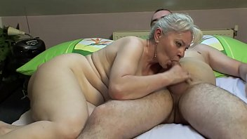 xhamaster BEDROOM SEX BY MATURE COUPLE