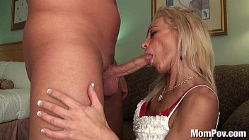 ruleporn MILF sucks 2 guys off back to back