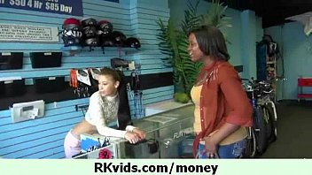 seeviporno What can do a chick for money 24