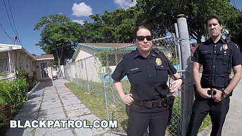 futabu BLACK PATROL - Police Officers Maggie Green and Joslyn Respond Domestic Disturbance Call