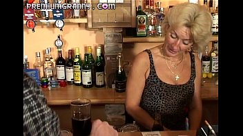 redtubexxx Perfect granny looks for an orgasm at a bar table
