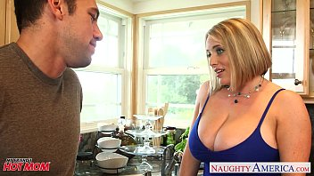 pornbuh Voluptuous blonde mom Maggie Green gives titjob