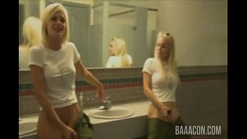 yoporno Jesse Jane and Riley Steele Incredible Blowjob