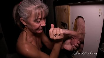 4tube Milf Visits Glory Hole for First Time
