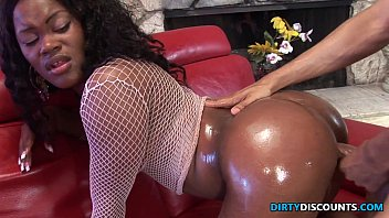 xxxvideo2 Roundass Ebony twerker drilled and jizzed