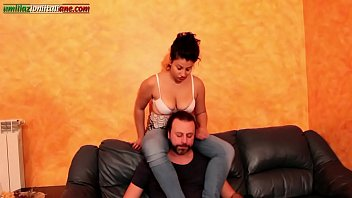 drporno Falling In Love With Elisa - Hand Smothering