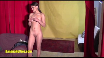 xnxx cpm Sexy czech amateur shows her pussy at the first CASTING