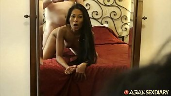 pornbrust Susi revels in giving an Asian girlfriend experience to horny white tourist in search of the legendary GFE