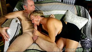 indiasex Super sexy old spunker loves it when you cum in her mouth