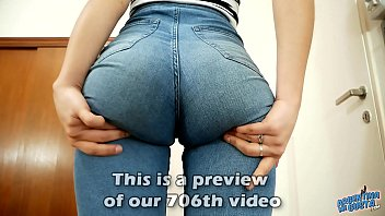 AMAZING Teen ASS in Super Tight Jeans And Perfect Cameltoe
