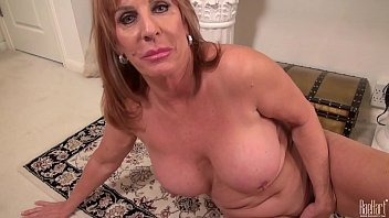 xxxnxx Big titted Mature mom on the rug in dress