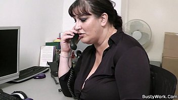 xnvideo Fat secretary blowjob and office fuck