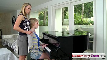 kinkshed Musical mommy swapping cum with stepteen