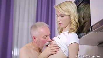 xpaja Old Goes Young - Sexy Helena blows old goes young