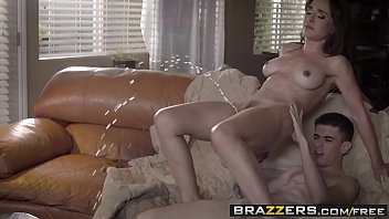publicagent Brazzers - Mommy Got Boobs - &lparNino Polla&rpar - Can I Crash And Bang Your Mom